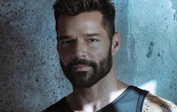 Ricky Martin - Tiburones Lyrics